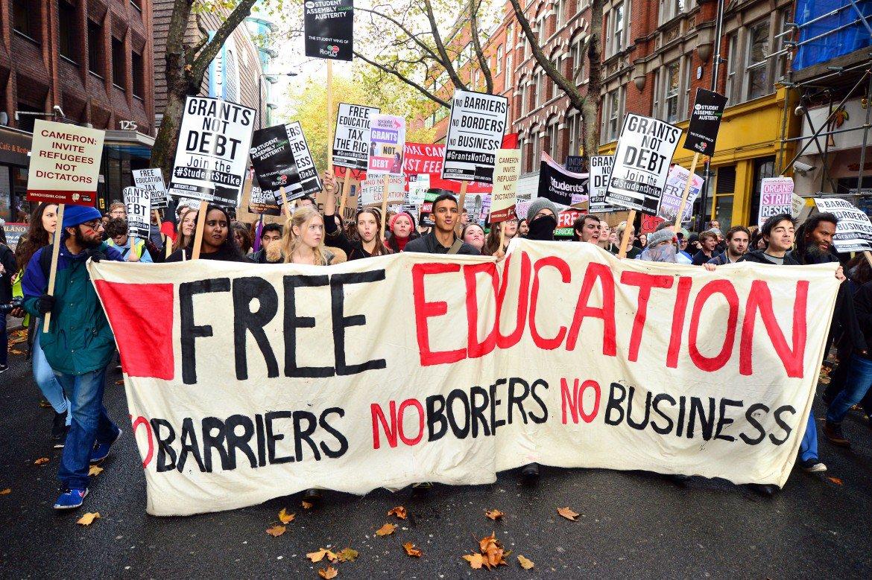 protesta-studenti-londra-foto-pa